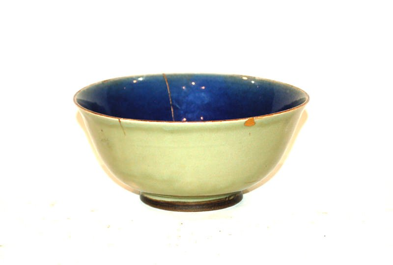 A Chinese Porcelain Blue and Celadon Glaze Bowl with Japanese Gilt Repair